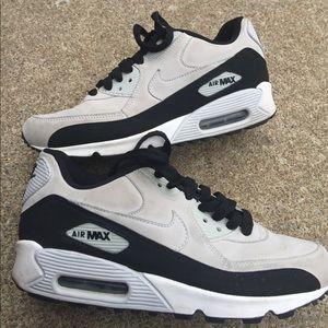 Youth Girls Nike Air Max Grey & Blk Sneakers 5.5M